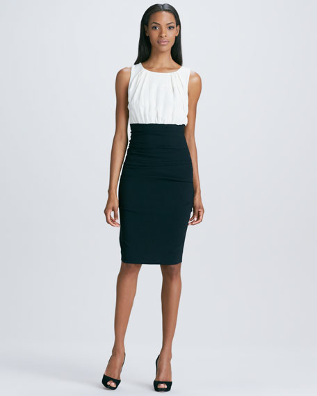 Sleeveless Two-Tone Sheath Dress