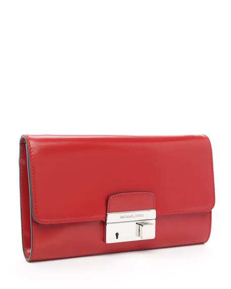 Gia Clutch, Red