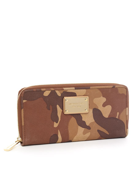 Jet Set Continental Wallet, Camo Luggage