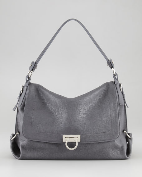 Avye Shoulder Bag