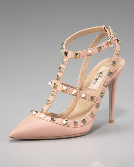 Rockstud Leather Runway Pump