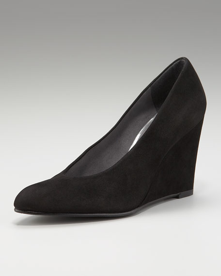 Choked-Up Suede Wedge Pump