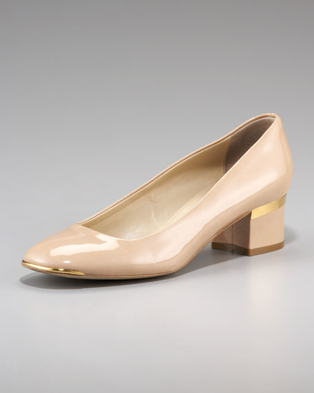 Metal-Tip Low-Heel Pump