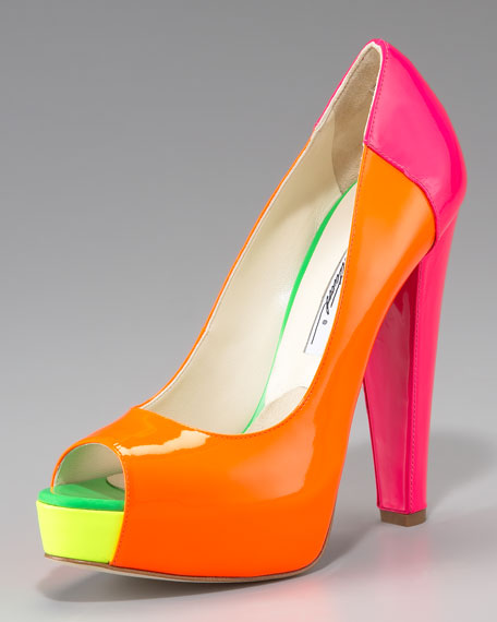 Alima Colorblock Fluorescent Platform Pump