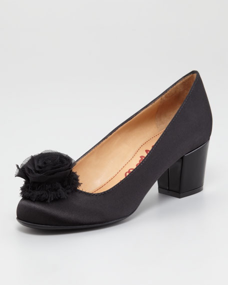 Flower-Detail Satin Pump
