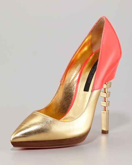 Cutout-Heel Pointed-Toe Pump