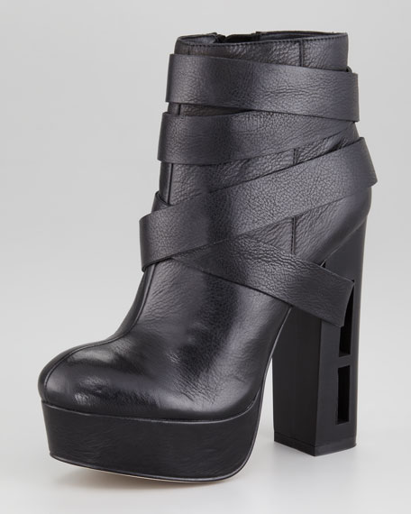 Jyll Ankle Cutout-Heel Boot