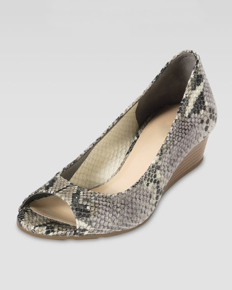 Air Tali Snake-Embossed Wedge Pump