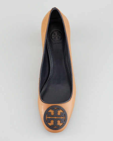 Claudia Logo Low-Heel Pump
