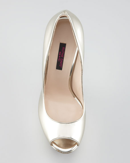 Doheny Metallic Leather Wedge-Effect Pump