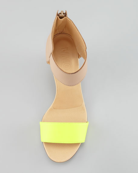 Fluorescent-Strap Cuffed Wedge