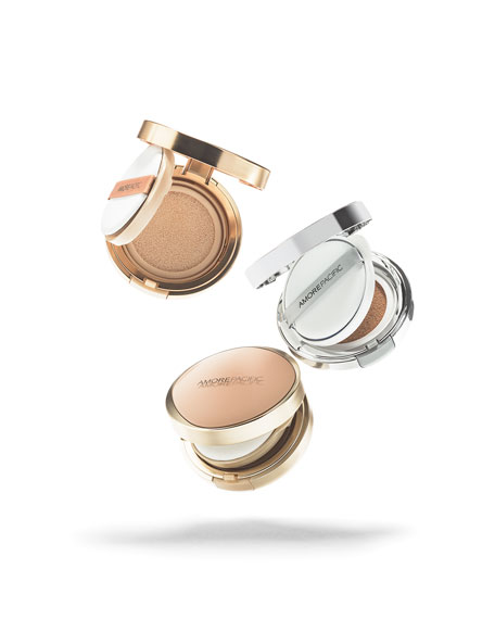 Image 2 of 6: AMOREPACIFIC Age Correcting Foundation Cushion Broad Spectrum SPF 25