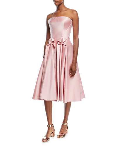 Get free shipping on wedding guest dresses at Neiman Marcus. Make heads turn with our sheath