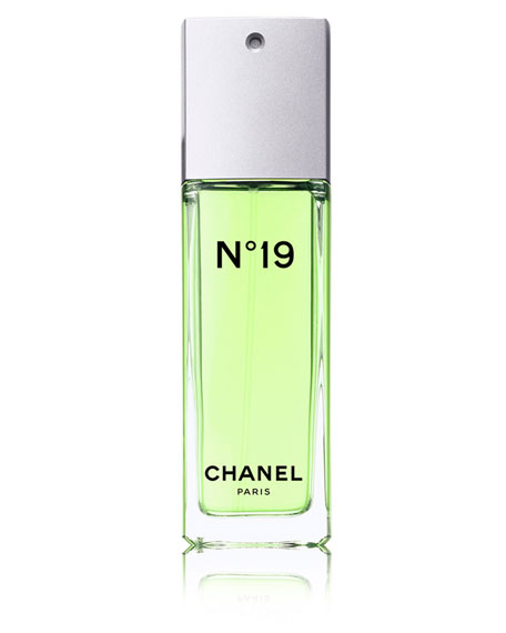 <b>N°19</b><br>Eau de Toilette Spray 3.4 oz.