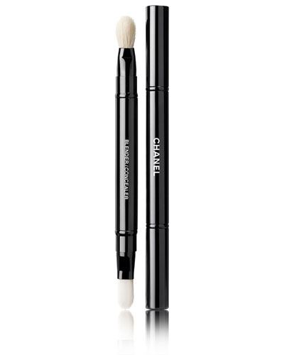<b>RETRACTABLE DUAL-TIP</b> <br>CONCEALER BRUSH