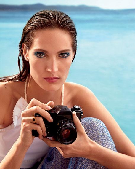 Laura Mercier Limited Edition - Mediterranean Escape Velour Extreme Matte Lipstick