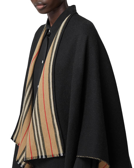 Burberry Reversible Icon Striped to Solid Cape