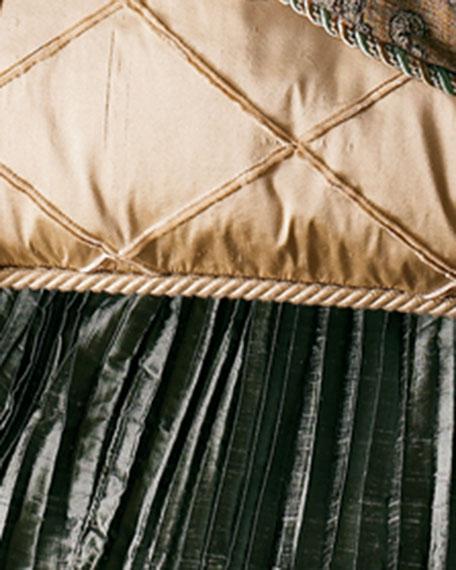 Queen Villa di Como Pleated Dust Skirt