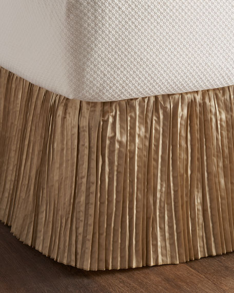 Austin Horn Classics Queen Antoinette Dust Skirt