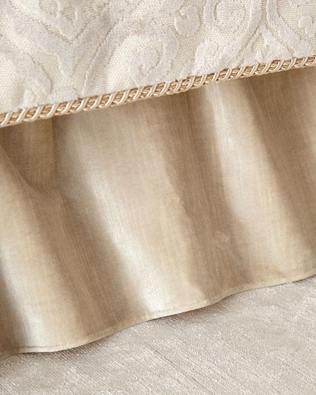 Queen Marquis Dust Skirt