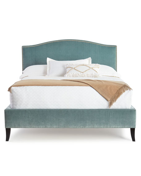 Mallroy King Bed