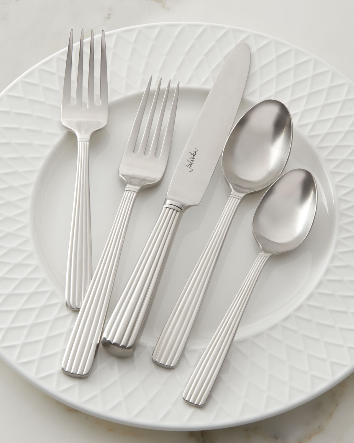 Quick Look & Place Settings Dinnerware | Neiman Marcus