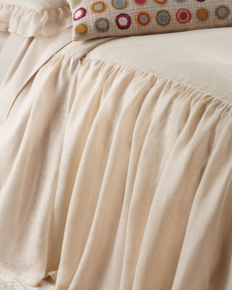 Queen Savannah Tea Stain Skirted Coverlet