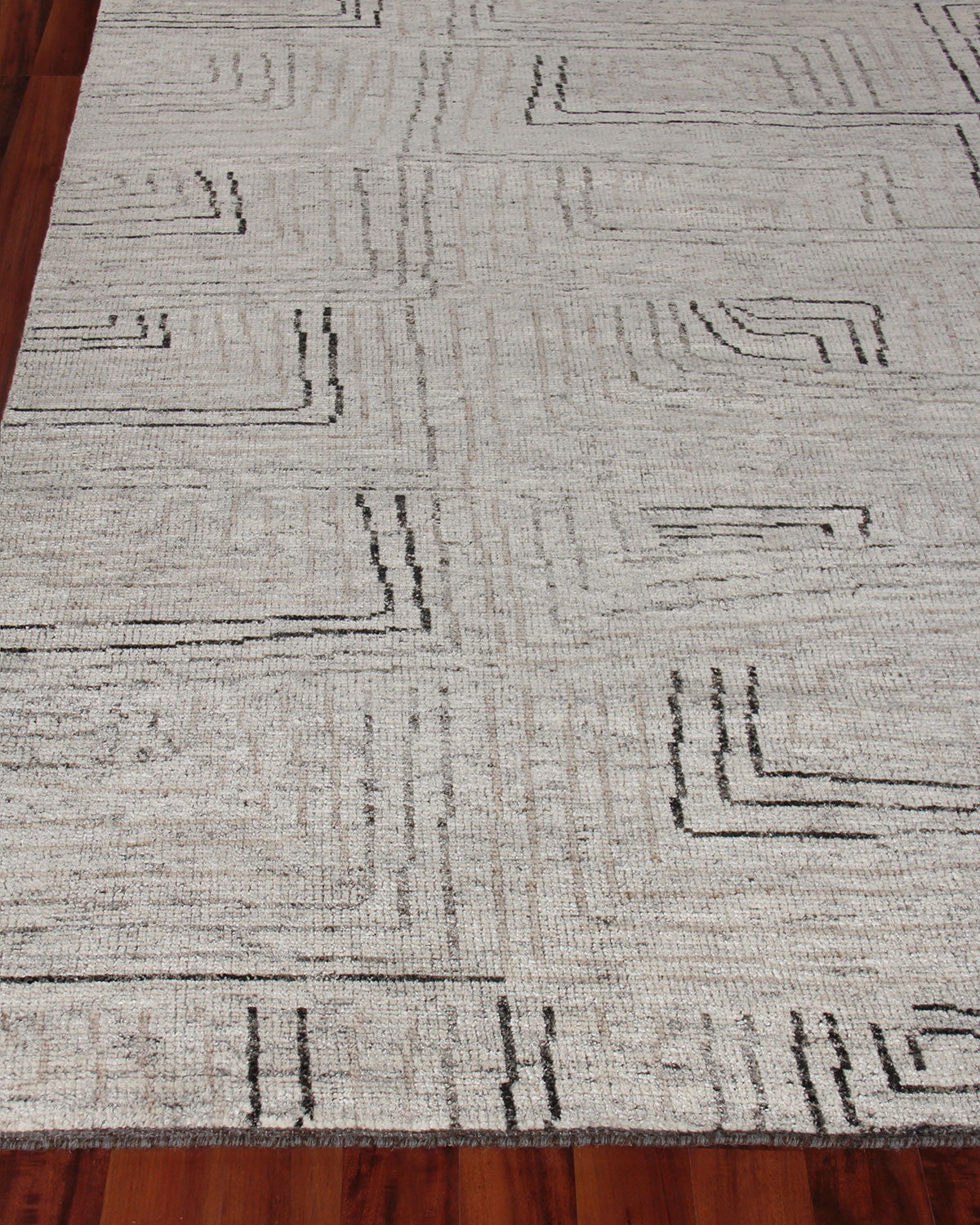 Exquisite Rugs Balon Hand-Knotted Rug, 6' x 9'
