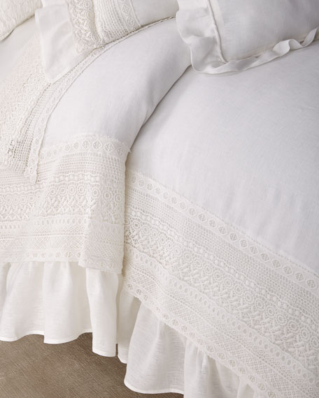 Amity Home Bellamy King Duvet