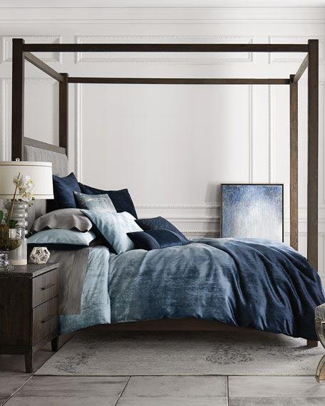 Hooker Furniture Liesel Tufted King Canopy Bed
