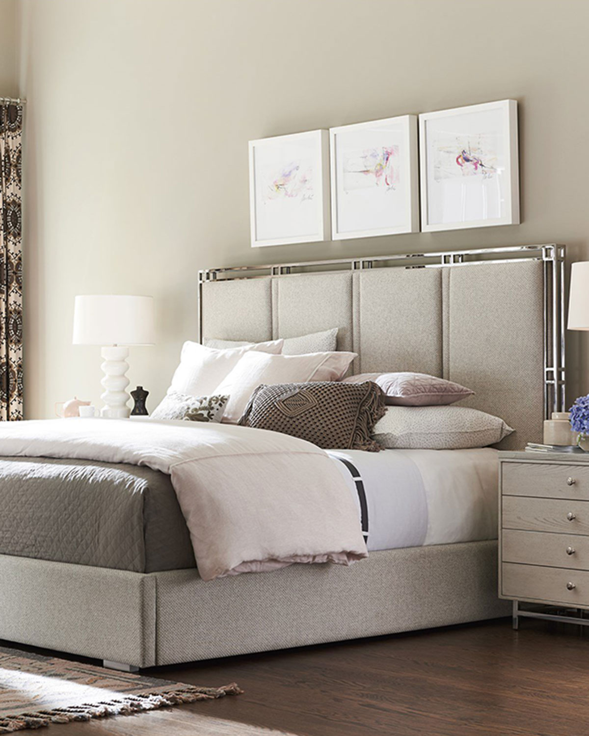 Cibo Upholstered King Bed