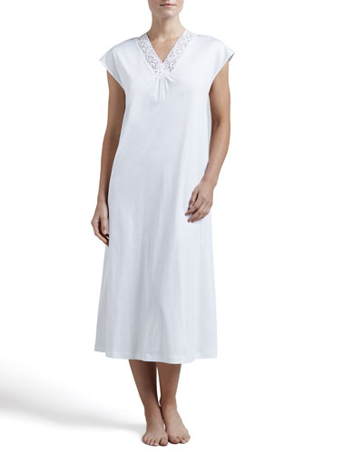 Hanro Moments Cap-Sleeve Gown