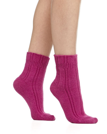 Cashmere-Blend Cozy Ruffled Bedsocks, Magenta