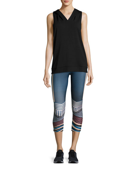 Graphic Capri Athletic Leggings