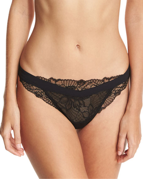 Dentelle Design Lace Thong
