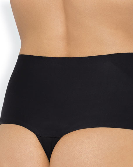 Sweeping Curves Shaping Basic G-String