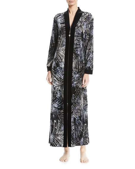 Diamond Tea Gown Silver-Print Velvet Zip Caftan, Plus