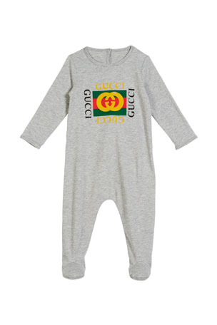 Gucci Long-Sleeve Vintage Logo Footie Pajamas, Size 0-9 Months