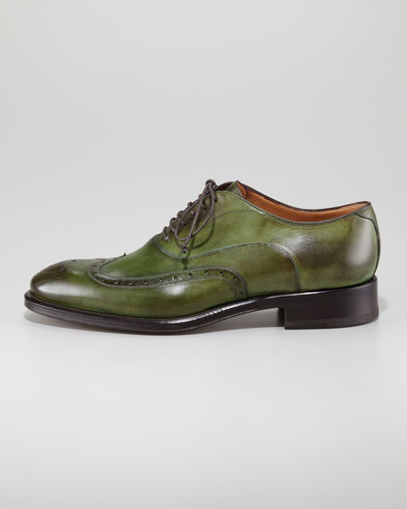 Brogue-Trim Wingtip
