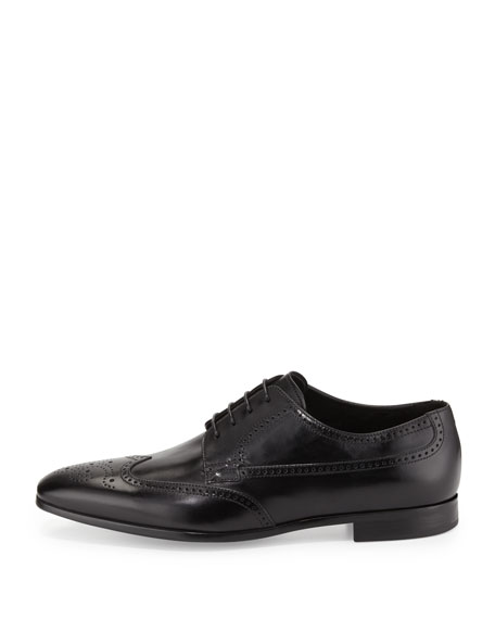 Image 3 of 4: Leather Wing-Tip Lace-Up, Black