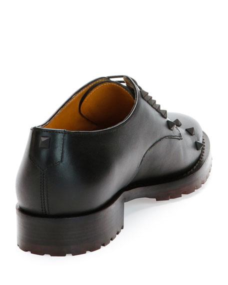 Rockstud Wing-Tip Derby Shoe, Black