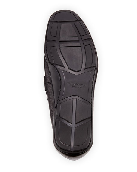 Men's Textured Calfskin Gancini Driver, Black