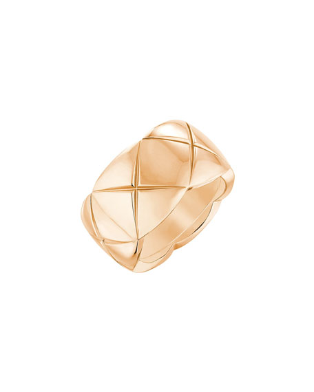 CHANEL COCO CRUSH RING IN 18K BEIGE GOLD, MEDIUM VERSION