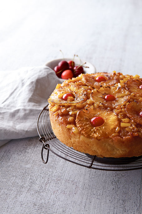 Pineapple Upside-Down Cake, For 8-10 People