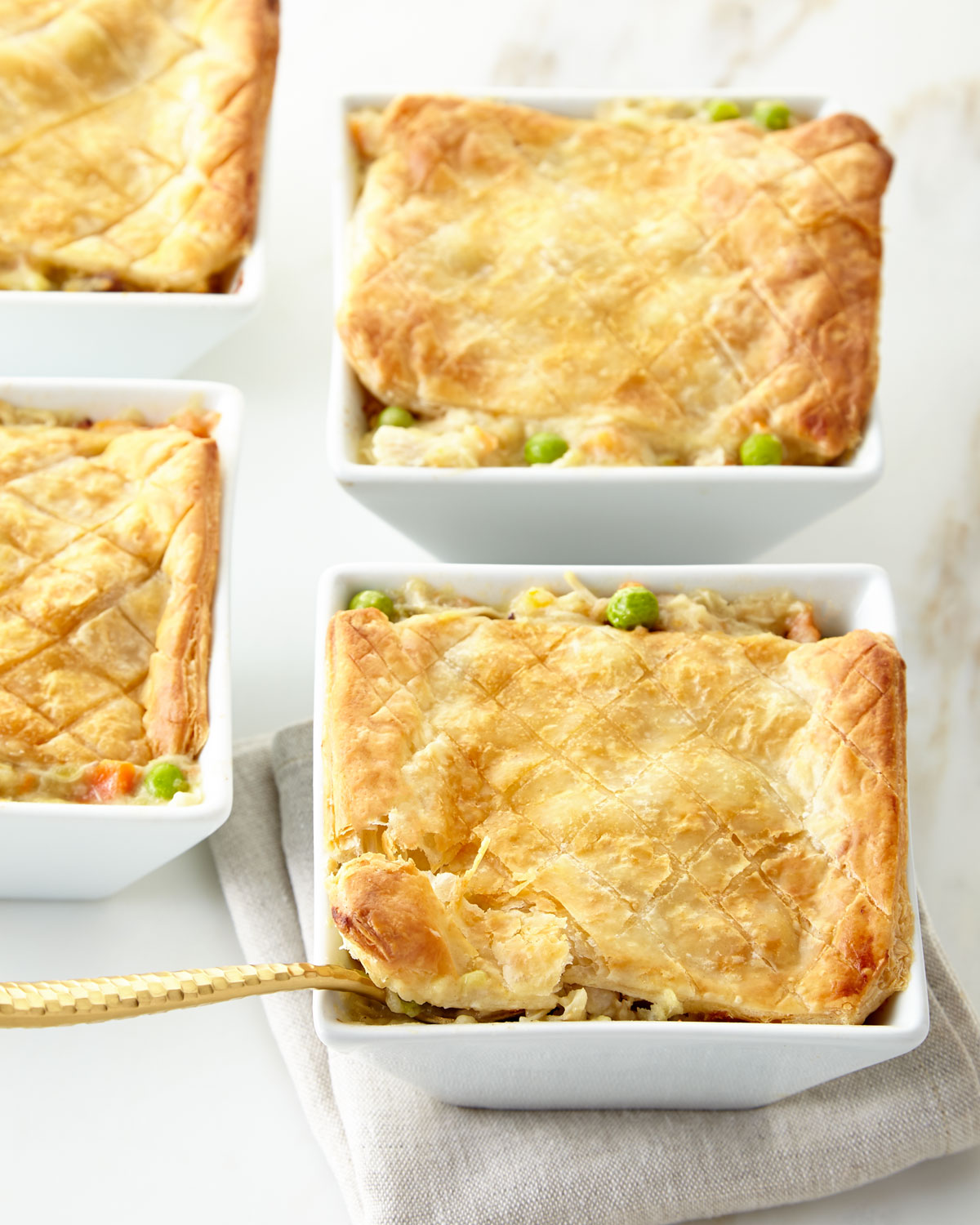 Aux Delices Chicken Pot Pies, For 4 People