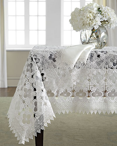 Gia Table Linens
