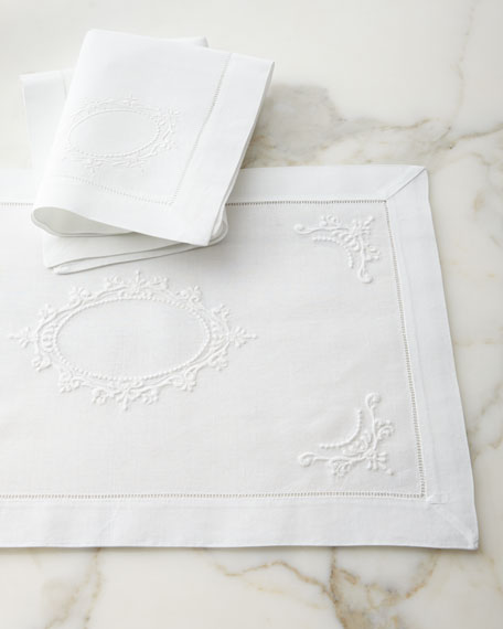 Italian Crest Dinner Napkins, Set of 4