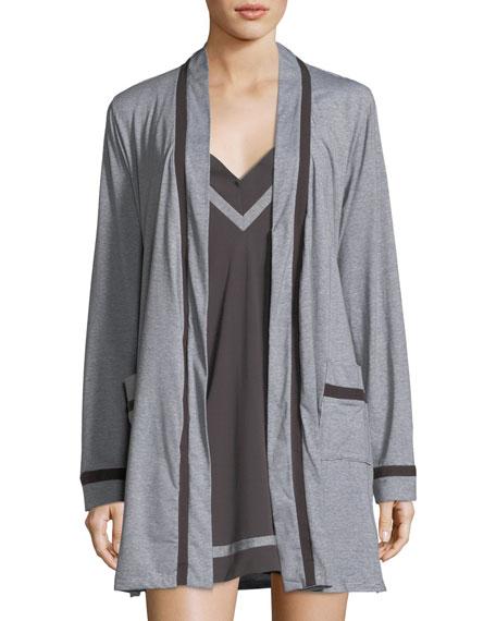 Hustle Contrast-Trim Short Robe