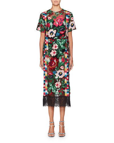 Short-Sleeve Carpet-Embroidered Blouse and Matching Items