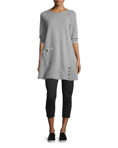 Discober Capri Pants  and Matching Items